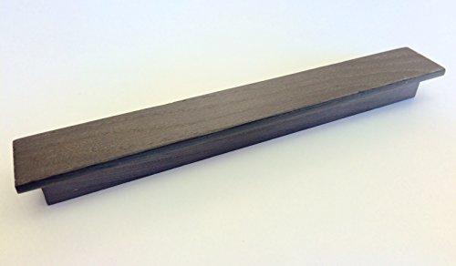 maniglia-moderna-per-cassetti-mobili-armadi-cucine-in-legno-finitura-rovere-scuro-con-venature-e-dis