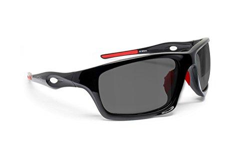Bertoni Occhiali Sportivi Fotocromatici Antivento Avvolgenti Running Sci Moto Golf Ciclismo Pesca Nautica Tempo Libero- MOD. Omega taly Occhiali Sport (Nero Lucido/Rosso - Fotocromatici Pol)