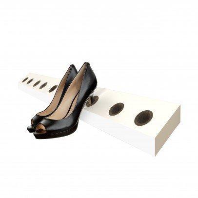 jan kurtz Heel Hole mdf Weiss lackiert Schuhregal heelhole high heels Wand Schuh Regal design Annika Malchus 499859 Stilettos