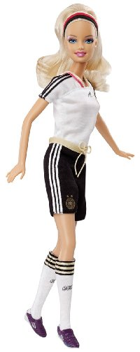 Preisvergleich Produktbild Barbie Mattel W2818 - Ich wre gern... Fuball Spielerin original Adidas DFB Trikot