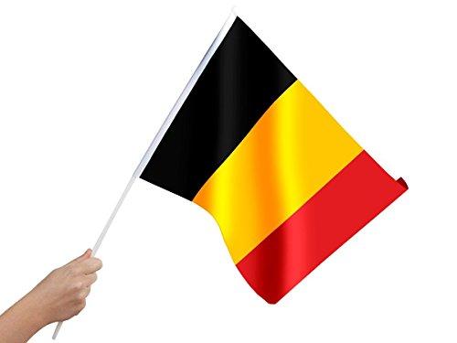 Bandierina da mano con asticina per tifosi Belgio (00/0859) europei mondiali belgo calcio coppa europa del mondo ultras bandiera festa estate internazionale dimensioni 30 x 45 cm