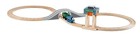 Thomas & Friends Wooden Railway Coal Hopper Figure 8 Set