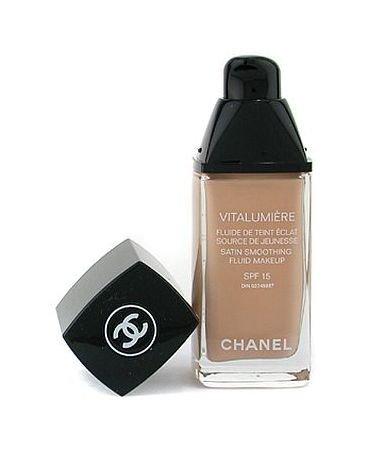 Chanel Vitalumiere Satin Smoothing Fluid Makeup SPF15 No 40 Beige 30ml