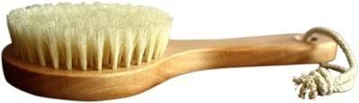 COSE DELLA NATURA – Cepillo de cuerpo en madera natural y con pelo vegetal - Para una limpieza profunda y natural del cuerpo - Elimina las células muertas - Medidas: cm. 20 x 8.5