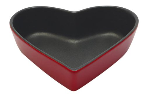 Maxwell Williams Microstoven Heart Cake Pan Red