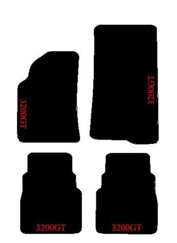 maserati-3200gt-tapis-sur-mesure-noirs-pour-voiture-set-complet-en-moquette-et-broderies-fil-rouge