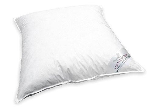 Klosterdorf Bettenmanufaktur Premium Wiegenkissen \'\'krümmel\'\' | 80x80 cm | 150 Gramm | Handarbeit aus Deutschland | Für einen gesunden Schlaf | Seitenschläferkissen Schwangerschaftskissen
