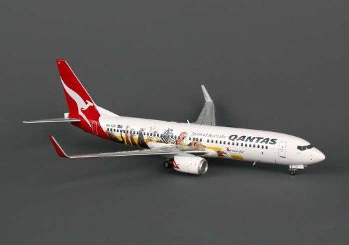 jcwings-qantas-737-800w-1-200-optus-regvh-vzd