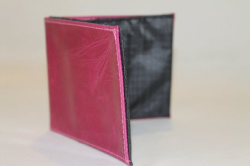 worlds-thinnest-wallet-womens-sport-fuchsia-leather