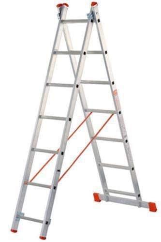Escalera de dos tramos, de aluminio, se puede utilizar tanto en tijera como extendida en apoyo Dotada...