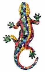 La salamandra autentica en trencadís que inspiró a Gaudi. Esta es la salamandra auténtica que inspiró a Gaudí y que ahora puedes tener para adornar tu casa o regalar a tus amigos. Mediana: 24 cm / 9.45 inches