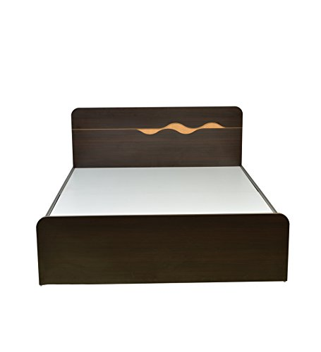 HomeTown Swril Queen Bed (Matt Finish, Brown)