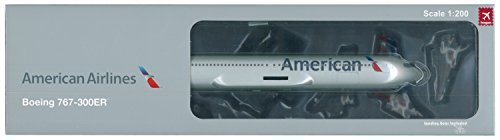 hogan-hg0496-american-airlines-boeing-767-300er-1200-scale-with-gear-stand-by-hogan-wings