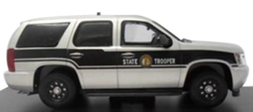 first-response-1-43-2011-chevrolet-tahoe-north-carolina-police-japan-import-the-package-and-the-manu