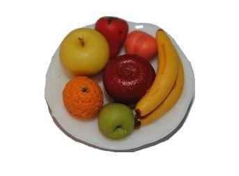 Unbekannt Teller mit Obst Früchte Banane Apfel Orange Birne Erdbeere Keramik Porzellan Miniatur - Puppenstube Küche - Maßstab 1:12 -
