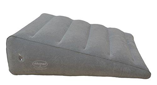 ObboMed HR-7600 aufblasbares Bettkeilkissen, mit Velouroberfläche, zum Schlafen, auf Reisen, im Urlaub- 60 x 53 x (19~4)cm, Farbe grau, mit horizontalem Absatz zum Vermeiden von Abrutsche