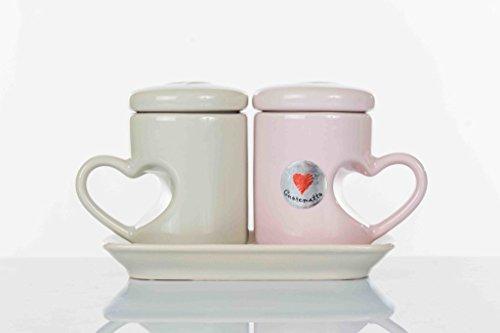 Cuorematto - set di due tazzine da caffè in due colori differenti con manico a forma di cuore complete di coperchio e vassoio in ceramica in tinta, scatola regalo inclusa - bombonire nozze,matrimonio,anniversario (kit 1 pz)