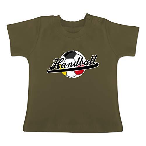 Handball WM 2019 Baby - Handball Deutschland - 18-24 Monate - Olivgrün - BZ02 - Baby T-Shirt Kurzarm