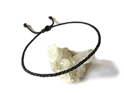 Bracelet corde/fil Noir. Simple/Porte chance/Brésilien. Fait et tressé main avec du fil ciré et ajustable. Réf.#1