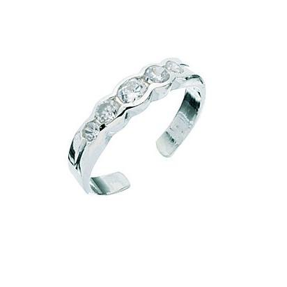 5 Crystal Toe Ring In Silver