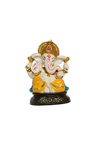 Heeran Art Ganesha Idol for Car Dashboard / Car Front Panel / Home / Office / Perfect Gift Item  available at amazon for Rs.297