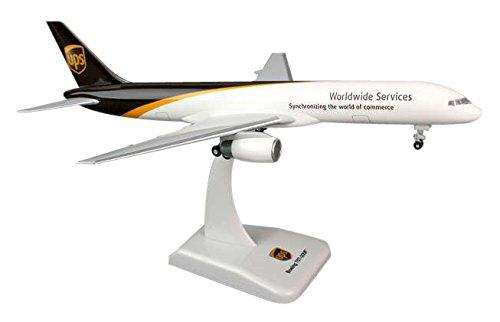boeing-757-200f-ups-massstab-1200