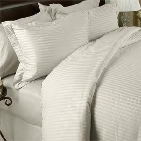 Egyptian Cotton Factory Store Luxuriöse Ultra, seidig 100% ägyptische Baumwolle Sieben (7) Stück Set, Streifen, inklusive 4Bettwäsche Set Und 3Bettlaken-Set, Fadendichte 1200, Elfenbeinfarben, Queen Size - 1200tc Streifen