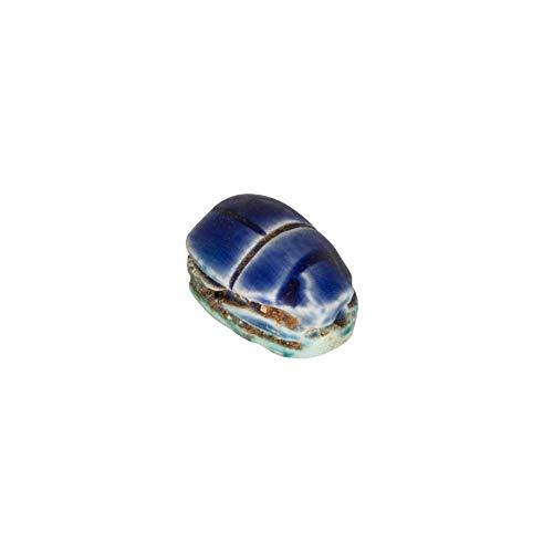 1 Escarabajo Egipcio de la Suerte de Color Azul Amuleto Egipcio. Características del Escarabajo Egipcio: El Escarabajo está perforado para poder colgar con un cordón. Tamaño aproximado del Escarabajo: 18 x 12 mm Color: Azul