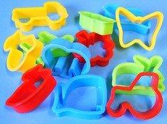plastic-dough-cutters-set-of-12