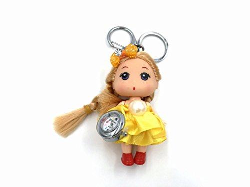 Skyllc® 38 x85mm kleine niedliche und schöne Puppe mit einem Uhr Anhänger für Auto Schlüsselring Handtasche Tote Tasche Anhänger Charm Geschenk