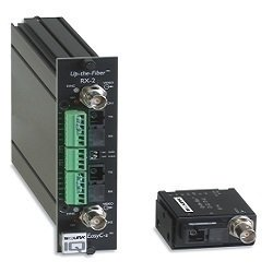 """UTF4210RX-2RM SIQURA, Digitaler LWL Videoempfänger mit 2 Alarmkontakten und 2x RS-485/422 (2- und 4-adrig) für 2 Signale über 2x1 Faser Multimodekabel 62,5 (50)/125µm, Wellenlänge 1310/1550nm, LWL Budget 12dB, SC-Stecker, Bandbreite 6MHz, 19"""" Einschubkarte für einen Steckplatz, Spannungsversorgung mitels MC11/MC03"""