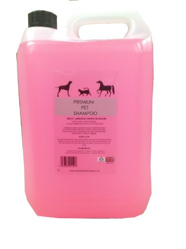 pet-grooming-shampoo-for-dogs-horses-cats-small-pets-and-other-animals-with-japanese-cherry-blossom-