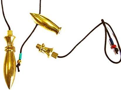 PENDULA EGIPTO DIVINATORIO de latón se desenrosca y, por lo tanto, puede servir como PENDULA TESTIGO PENDULA EGIPTO DE LAITÓN DE 6,5 cm, peso 38 gr, entregado en una bolsa negra El PENDULO EGIPTO de RADIESTHESIA es ideal para magnetizar, para las acc...