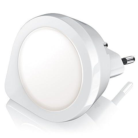CSL - LED Nachtlicht / Orientierungslicht / Nachtlampe | integrierter Helligkeits-/Dämmerungssensor | IP20 | stromsparend | Euro-Stecker | Energieeffizienz-Klasse A+