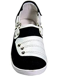 FitRight Women White And Black Casual Shoes