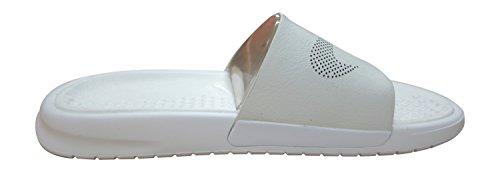 Nike Benassi Slide Lux, Chaussures de Sport Homme Blanc Cassé - Blanco (White / White)