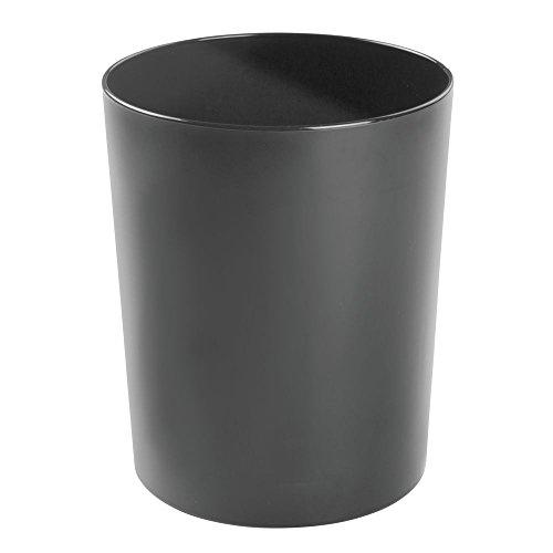 mDesign – Papelera metálica – Cubo de basura moderno para el baño, la oficina o la cocina – Preciosa papelera de diseño de color negro – Fabricada en metal