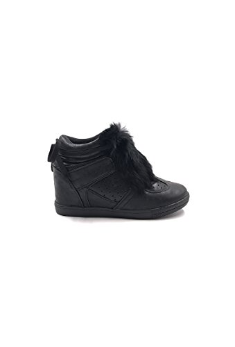 CHIC NANA . Chaussure Mode Baskets femme compensée style similicuir métalisé.