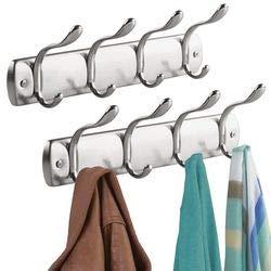 mDesign Hakenleiste aus Metall Wandgarderobe mit 4 doppelten Garderobenhaken ? zur Aufbewahrung von Mänteln, Jacken, Schals, Handtüchern ? silber - 2er-Set -