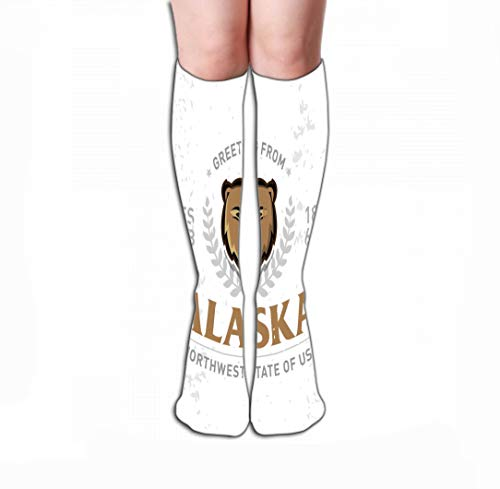 Xunulyn Hohe Socken Men Women Outdoor Sports High Socks Stocking Alaska Old School Textured Apparel Fashion Print Retro Typographic Badge Design Vintage Style Americana Tile Length 19.7