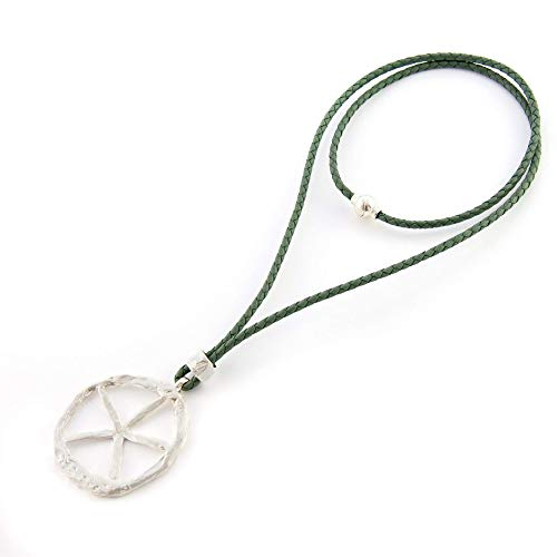 Lange und kurze Halskette mit Leder- und Magnetverschluss. (Alle Leder Kostüm)