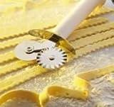 Doppeltes Teigrad Teigrädchen - Teigroller für Pasta - Edelstahl - mit weichem Kunststoff-Griff
