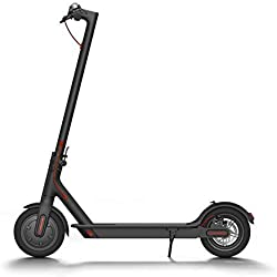 Xiaomi Mi Electric Scooter Monopattino Elettrico Pieghevole, 30 km di Autonomia, Velocità fino a 25 km/h, Versione Italiana, Nero