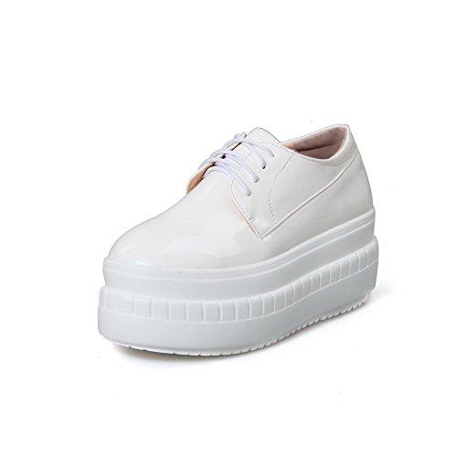 AgooLar Damen Schnüren Pu Leder Rund Zehe Mittler Absatz Rein Pumps Schuhe Weiß