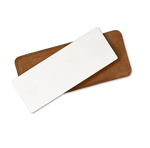 spyderco-ultra-fine-bench-stone-with-leather-case-white