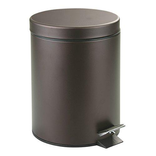 MDesign Cubo de basura con tapa y pedal - Moderna papelera de baño de metal resistente con recipiente...