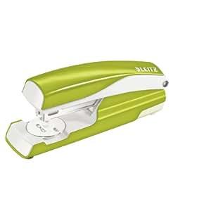 Leitz 55022064 Heftgerät (30 Blatt, Metall mit Kunststoffelementen, Inkl. Heftklammern, Wow, Blisterverpackung) grün metallic