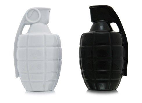 Thabto Salz- und Pfefferstreuer Handgranaten schwarz wei?