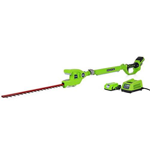 Greenworks Tools Taille-haie sans fil sur perche longue portée 24V Lithium-ion avec batterie de 2Ah et chargeur - 2200207VA