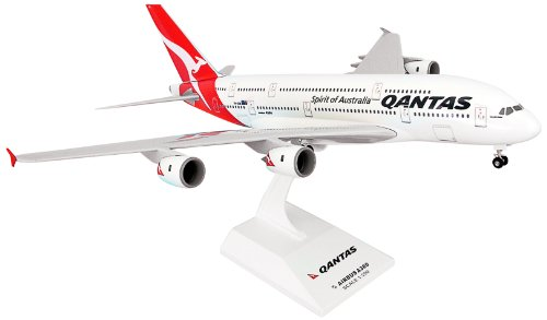 sky-marks-skr365-qantas-airbus-a380-1200-clip-together-model